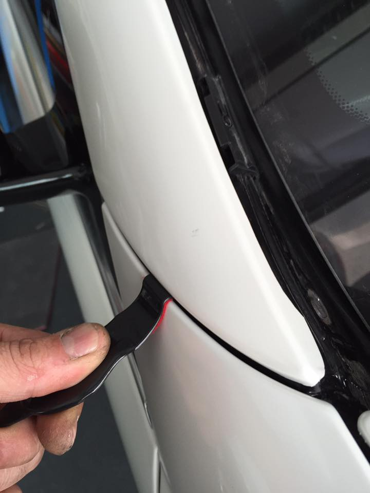 Sunny Tucker car Wrap Tool